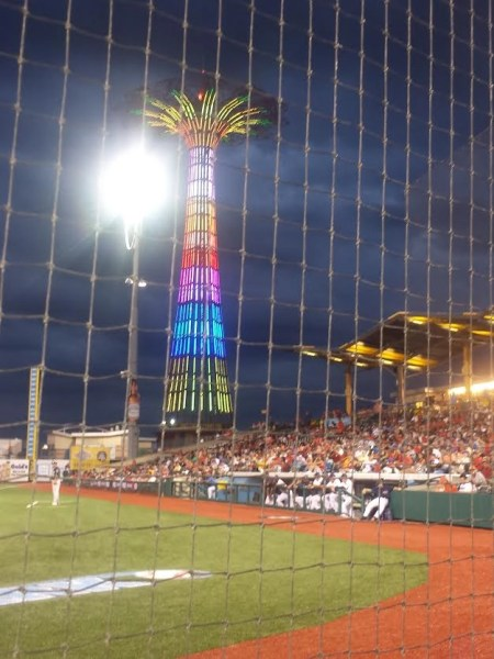 The Parachute Jump in Coney Island, Rocks  (video) #Brooklyn #BrooklynCyclones #coneyIsland