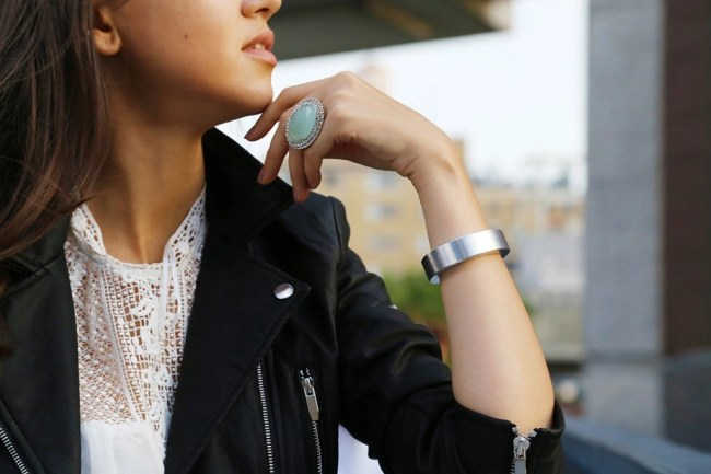 The Bracelet That Keeps Your Phone Charged