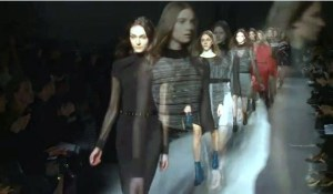 LAST DAY TOMORROW Paris Fashion Week  streaming on advicesisters.com #ParisFashionWeek