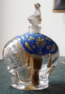 eleaphant shaped perfume bottle