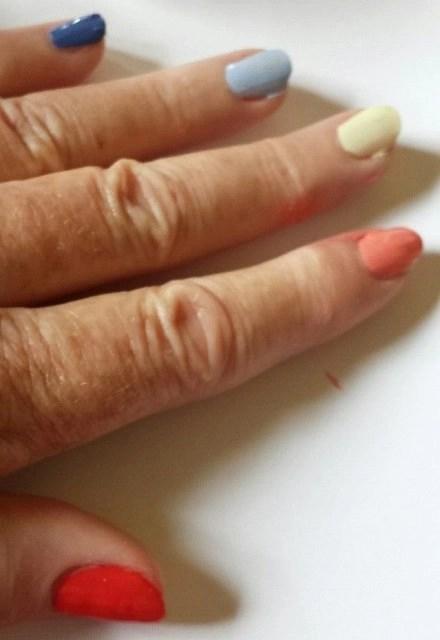 essie summer nail collection2