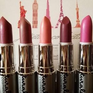 au naturale jet setter collection of lipsticks