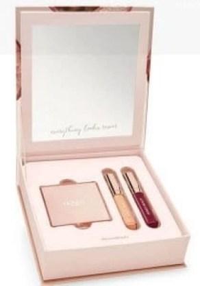 honest-beauty-rose-gold-glimmer-kit-inside-the-box