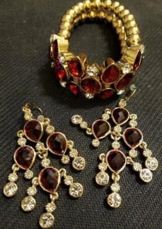 carolee-big-apple-bracelet-and-earrings2