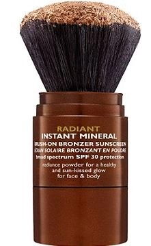 Peter Thomas Roth's Mineral Brush-On Bronzer Saves More Than Just Pale Skin