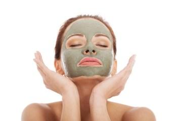 CLAYH MASK beauty sleep ADVICESISTERS SELFIE BEAUTY HACKS ARTICLE