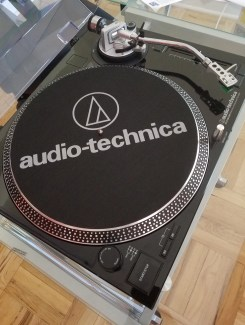 myh photos of audio technica's recording turntable