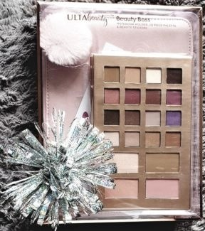 photo by alison blakcman for advicesisters.com holiday gift idea beauty ulta collection beauty boss gift st