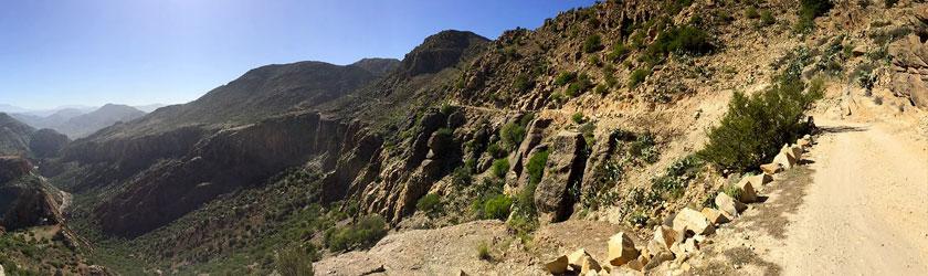 De Tafraoute a Mirleft, Antiatlas, desierto y mar.