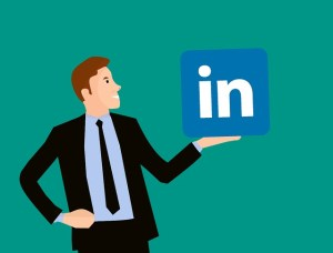 4 Ways to Make the Most of Your Business LinkedIn Profile