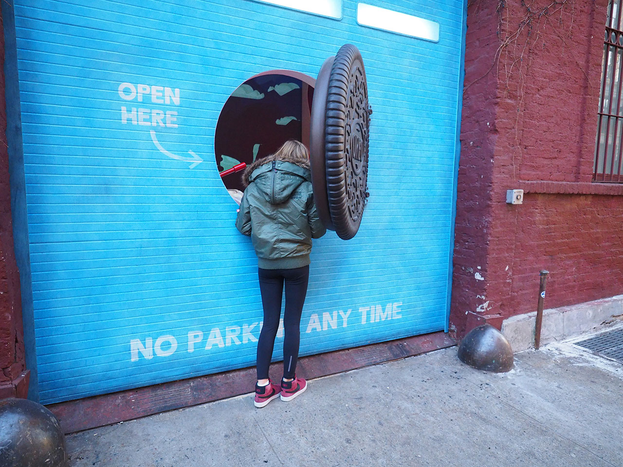 Heres Whats Behind The Mysterious Oreo Door That Popped Up In NYC Today Adweek