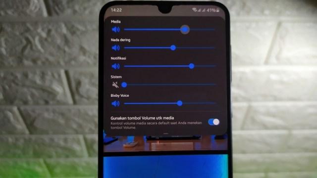 Cara Mematikan Suara Kamera Samsung Galaxy One UI