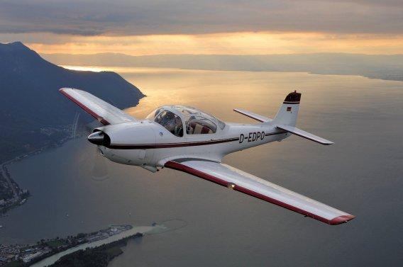 Wir danken unserem Fliegerfreund Joe Riemensberger für die phantastischen Luftaufnahmen über dem Genfer See.
