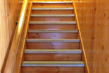 Non Skid Treads For Stairs Stunning Chic Home Inetrior