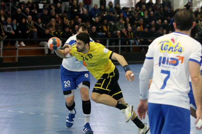 aek-ramhat-hashron-handball-mylonas-milonas