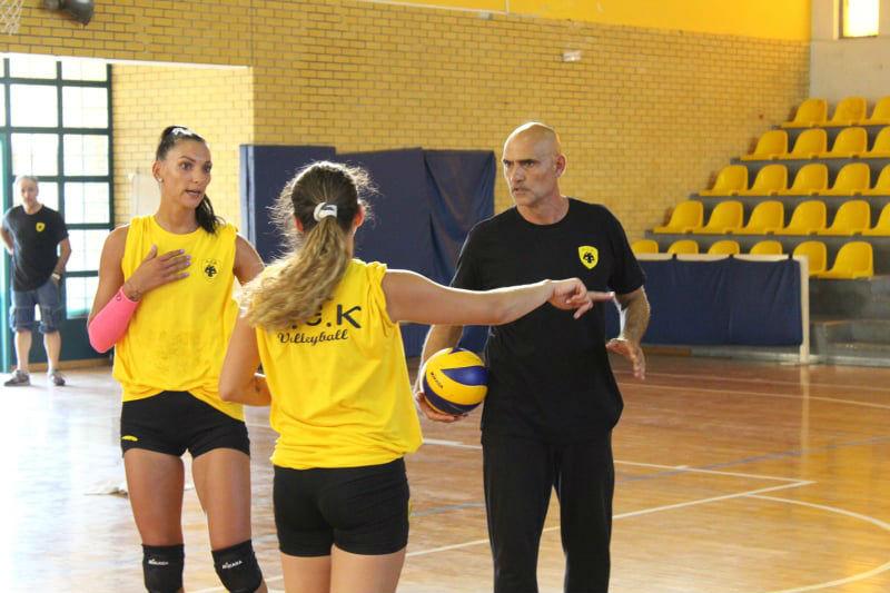 aek-women-volley-arseniadis-priv1.jpg?re