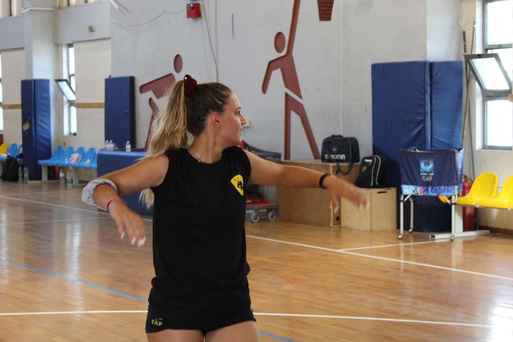 aek-women-volley-mpelia1.jpg?resize=1000