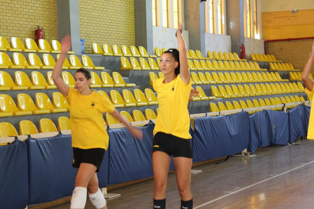 aek-women-volley-pirv.jpg?resize=1000%2C