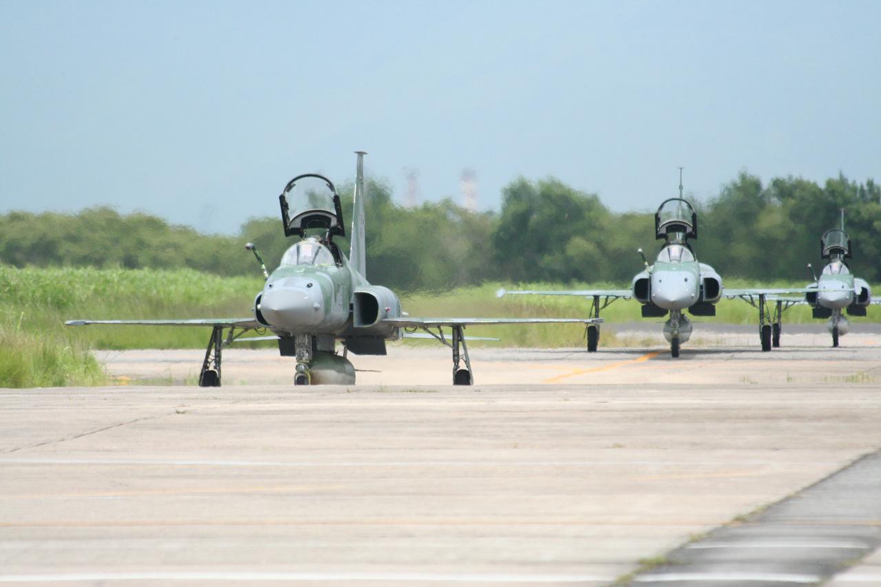 https://i2.wp.com/www.aereo.jor.br/wp-content/uploads/2008/10/f-5m-2.jpg