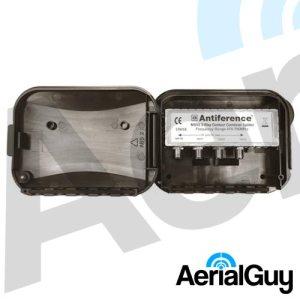 AerialGuy - Antiference 3 Way Masthead Splitter