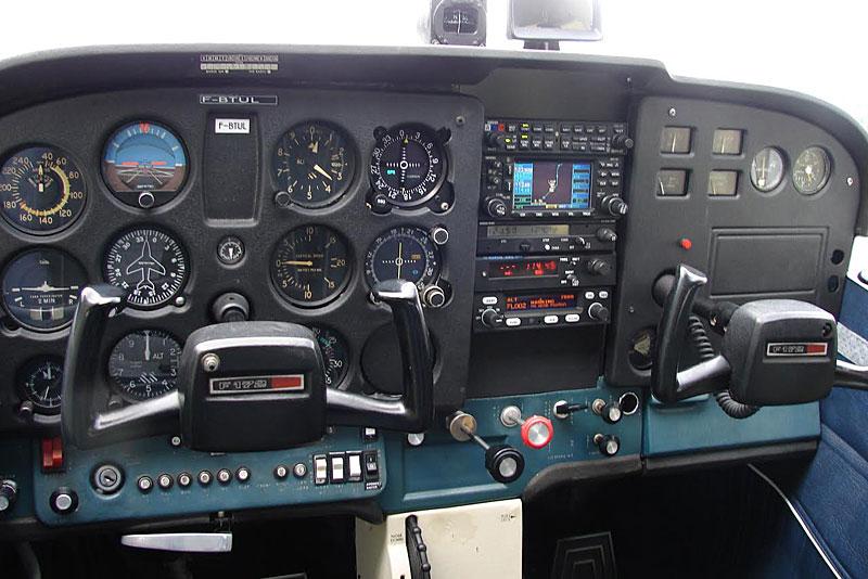 New-tableau-de-bord-CESSNA-1