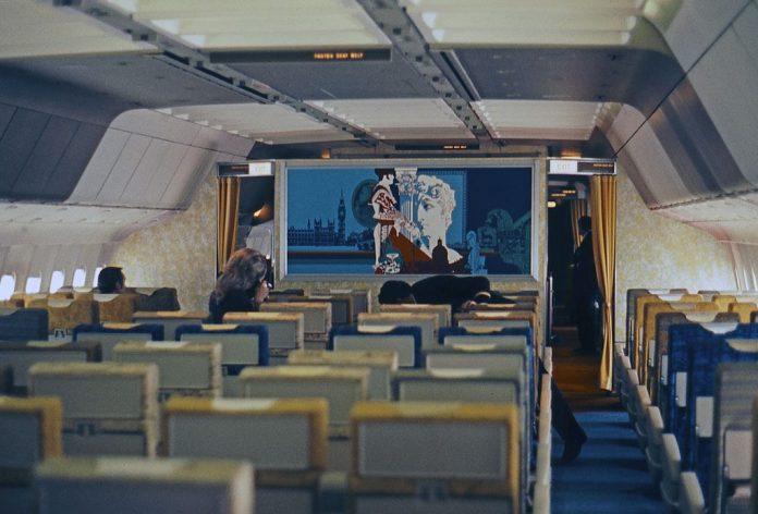 Interior do Tristar da TWA.