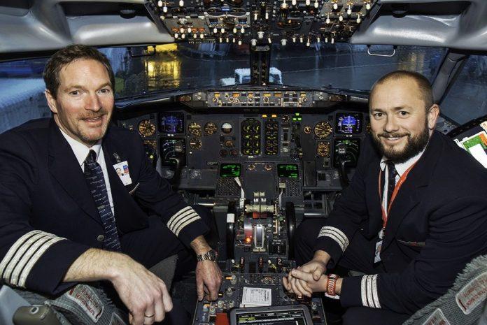 Tripulação no último voo do -300.