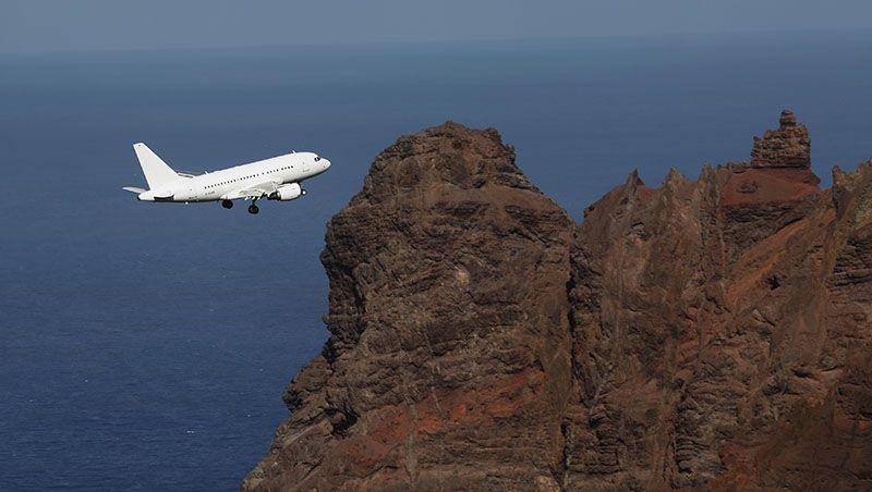 Com vídeo: Pela primeira vez uma aeronave Airbus pousa na Ilha de Santa Helena | Aeroflap