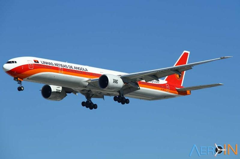 Avião Boeing 777 TAAG