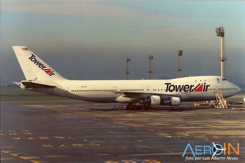 Avião Boeing 747-100 Tower Air
