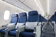 United-787-Dreamliner-Interior_1-medium