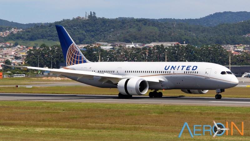 Boeing 787 United