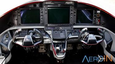 Avião Epic LT Cockpit