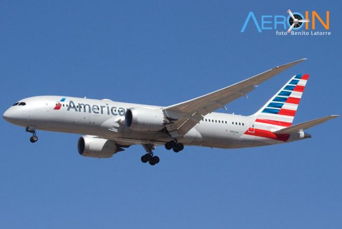 787-8-dreamliner-american-n804an