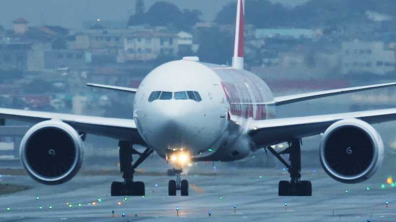 swiss-777-300-fronte