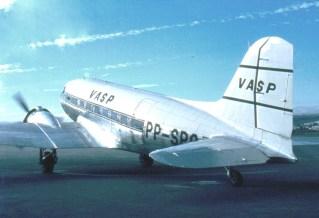 Douglas DC-3 (Paulo Laux).
