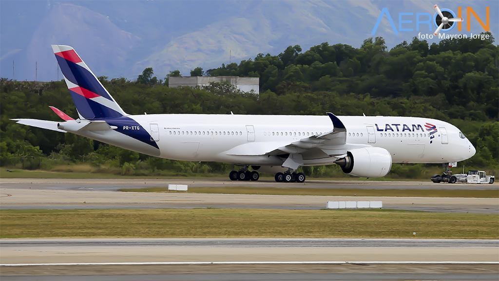 Decola para Doha o primeiro A350 da LATAM transferido para a Qatar.