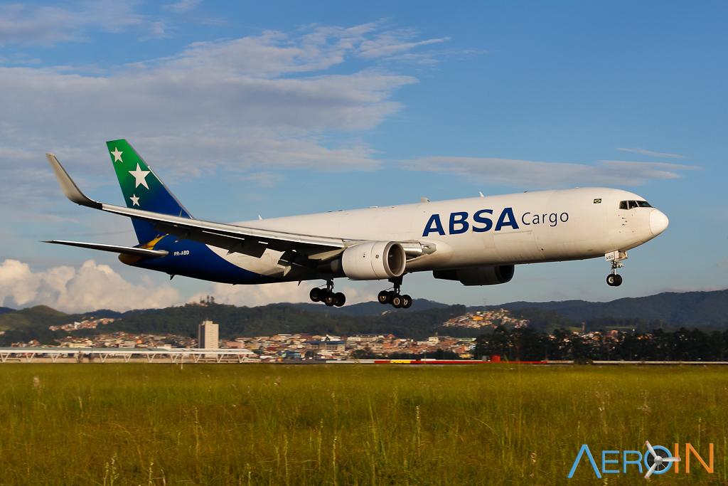 Boeing 767-300F ABSA Cargo plane