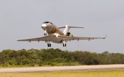 Avião Embraer Legacy 500
