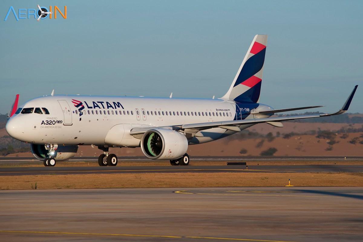 LATAM Brasil estreia novo serviço de bordo em voos domésticos.