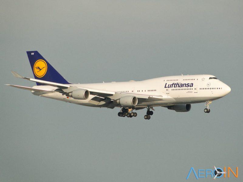 Avião Boeing 747-400 Lufthansa