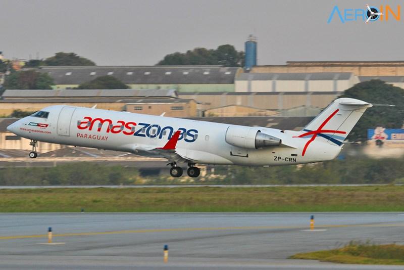 avião Bombardier CRJ-200 Amaszonas