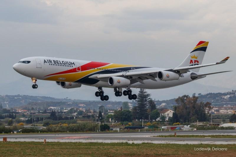 Avião Airbus A340-300 Air Belgium
