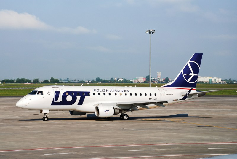 Embraer E-Jet E170 LOT Polish