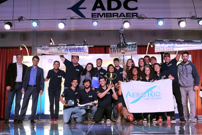 SAE Brasil Aerodesign 2018 AeroRio PUC