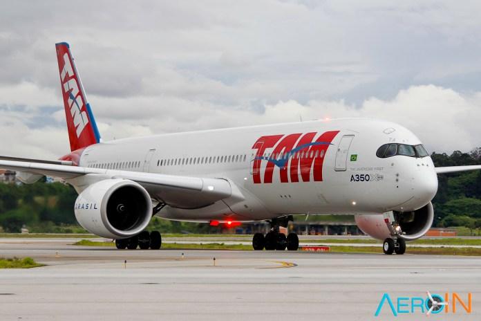 Avião Airbus A350 XWB TAM