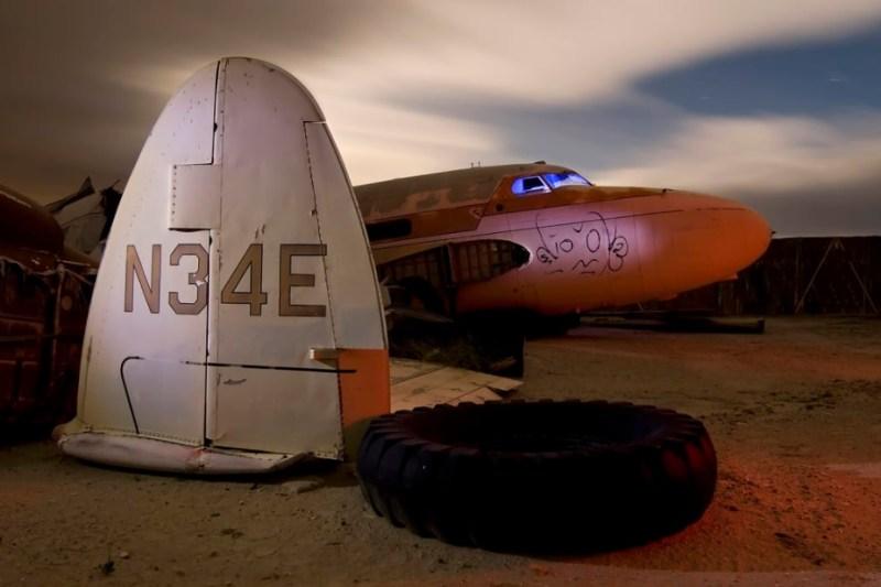 Troy Paiva Cemitério Aviões