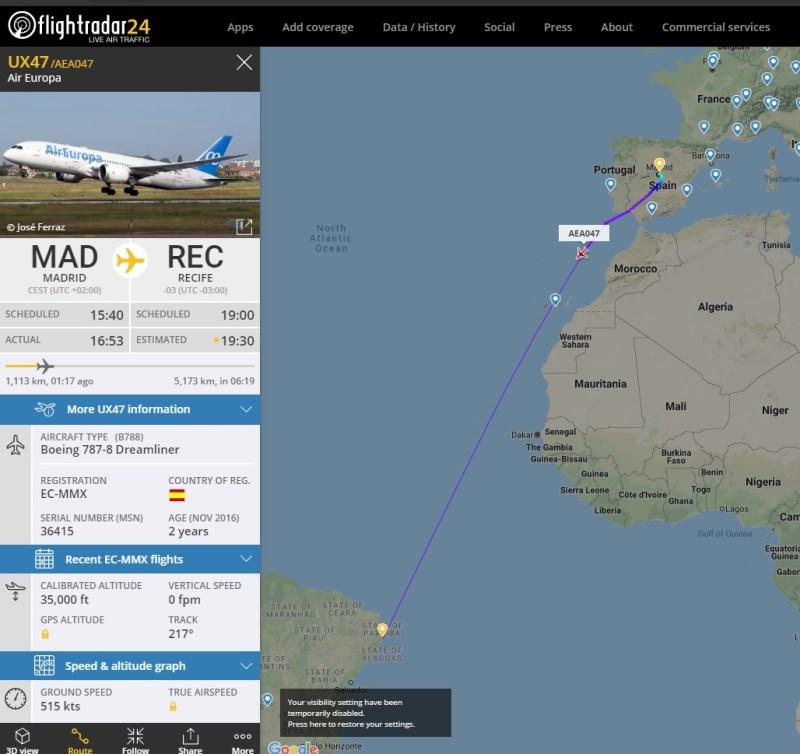 Boeing 787 Dreamliner da Air Europa cruza o Atlântico neste momento