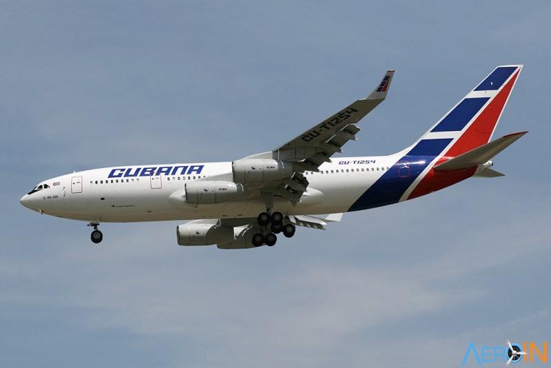IL-96 Cubana Cuba