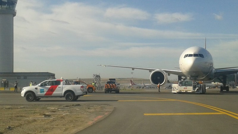 Boeing 777 derubou poste no início do ano